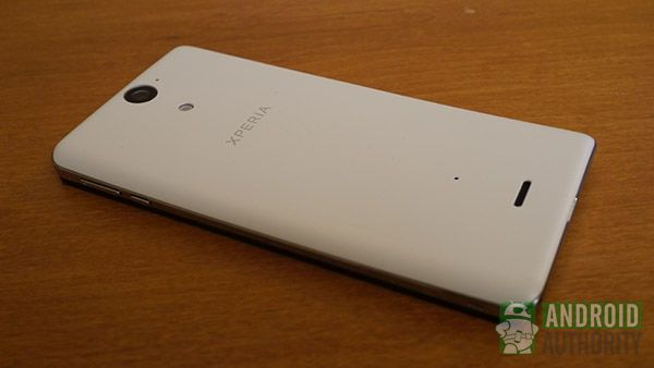 sony-xperia-v-review-15